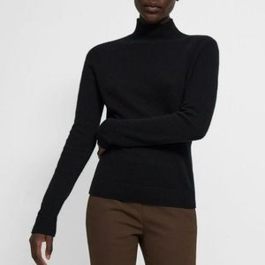 Theory Bodycon Turtle Neck Knit Sweater